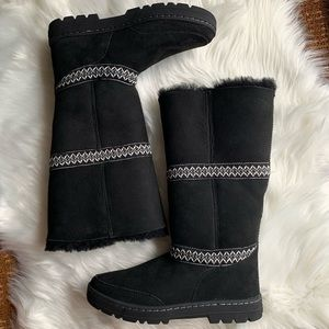 {UGG} Tall Shearling Gray Stitched Boots
